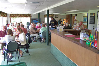 Customers enjoying brunch at the Elkader Golf & Country Club